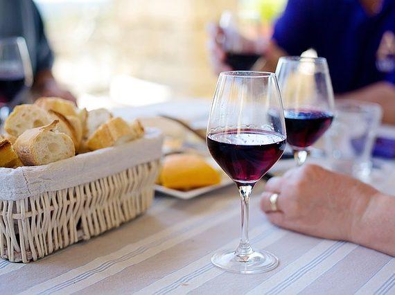 Víkendový pobyt pro dva + degustace vína ve vinném sklípku